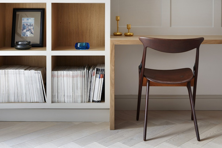 Study/Library Minimalst style study/office by Fraher and Findlay Minimalist