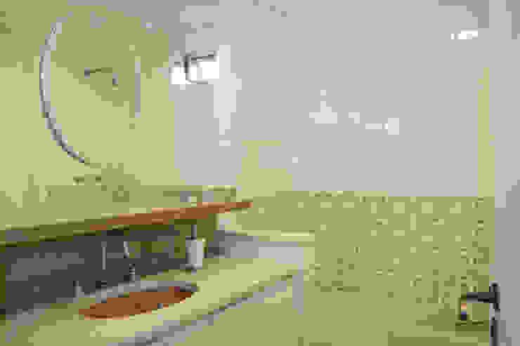 ห้องน้ำ โดย AZ Arquitetura,