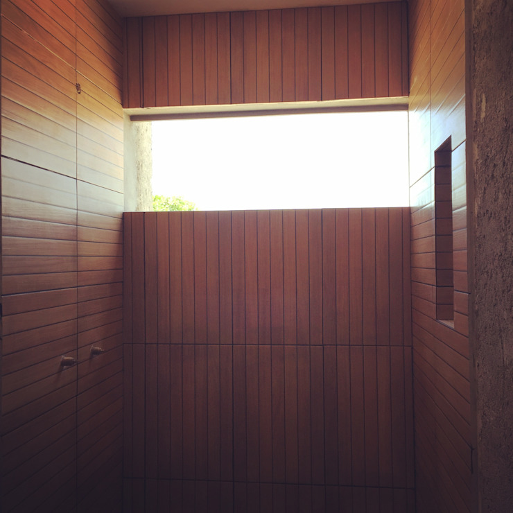 pequeño, comodo y funcional apartamento Ma&Co Baños minimalistas Madera