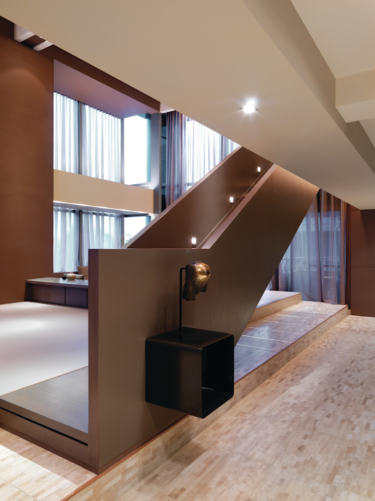 陳宅 Chen Residence 現代風玄關、走廊與階梯 根據 何侯設計 Ho + Hou Studio Architects 現代風