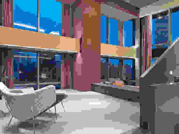 陳宅 Chen Residence 现代客厅設計點子、靈感 & 圖片 根據 何侯設計 Ho + Hou Studio Architects 現代風