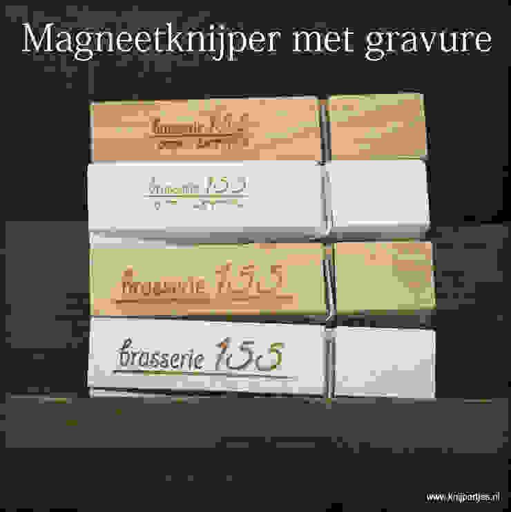 Magneetknijper met gravure van Knijpertjes.nl Landelijk Hout Hout
