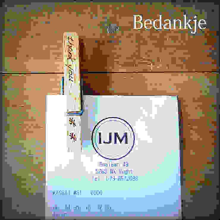 Wasknijper met gravure van Knijpertjes.nl Landelijk Hout Hout