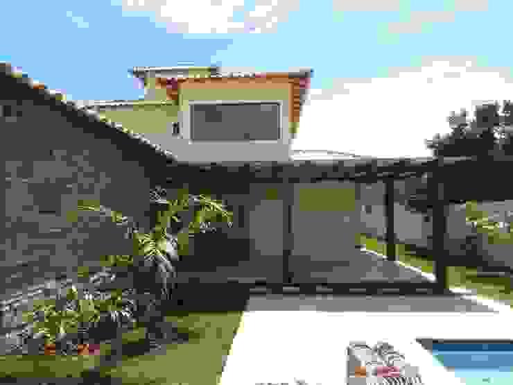 Casas de estilo  por Aroeira Arquitetura