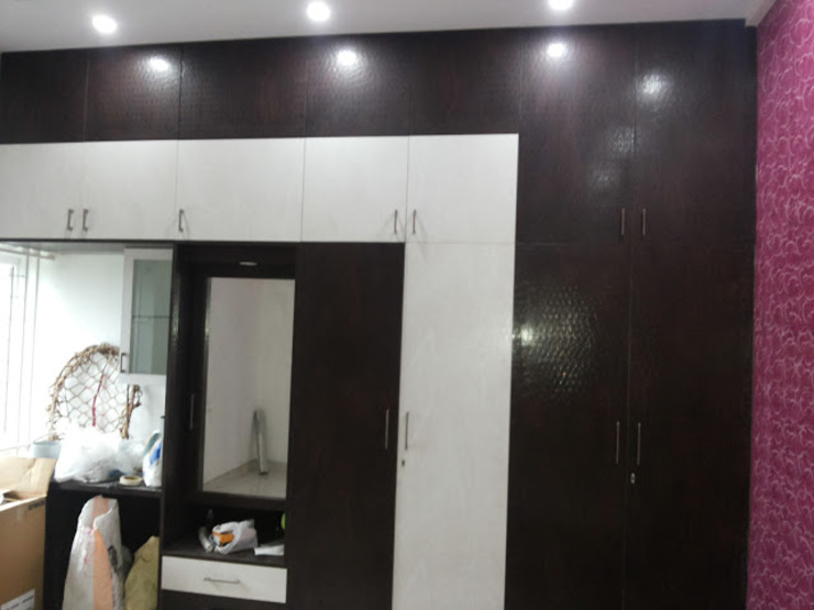 Interiors Residential Modern style bedroom by Swastik Interiors Modern