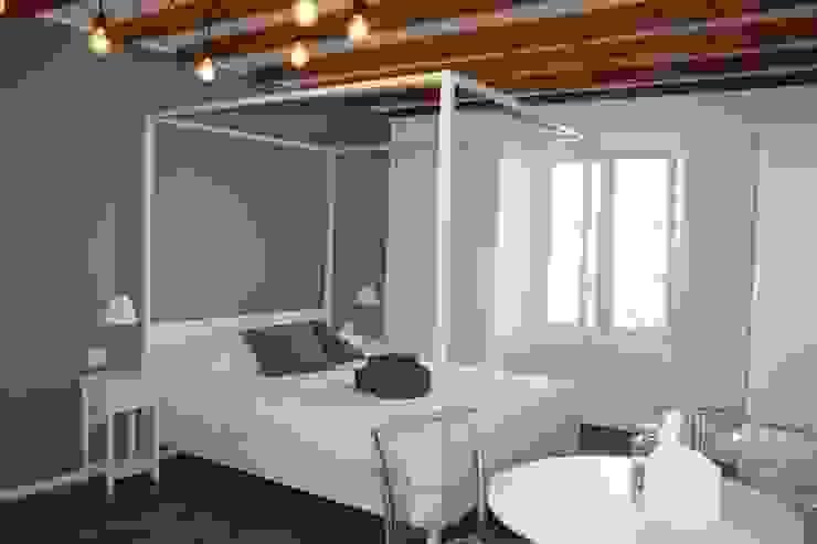 Спальня в эклектичном стиле от studio ferlazzo natoli Эклектичный