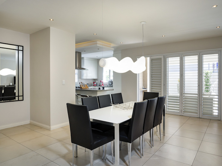 Principia Design Minimalist dining room