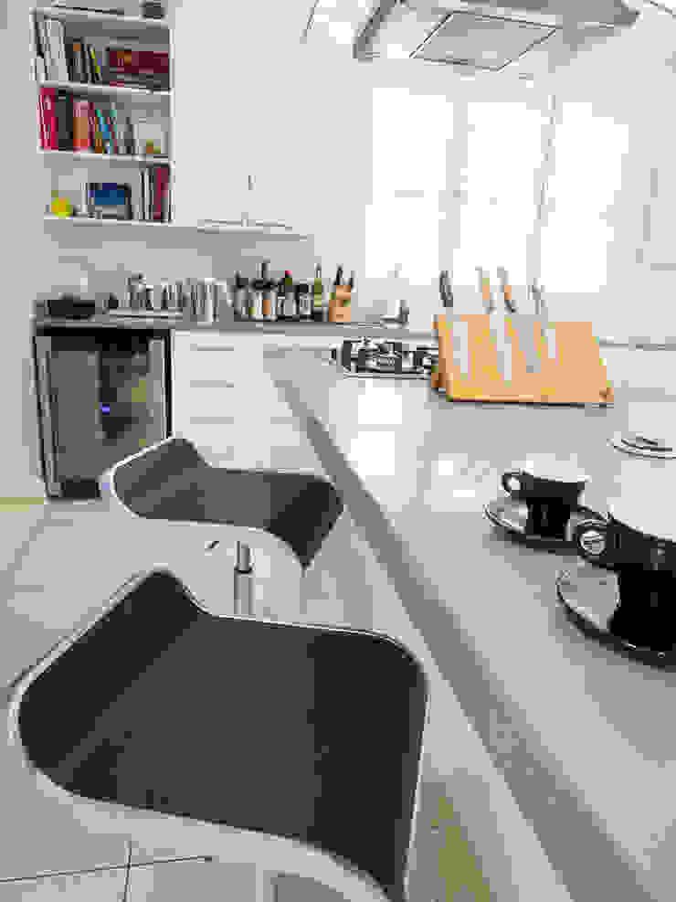 Principia Design Minimalist kitchen