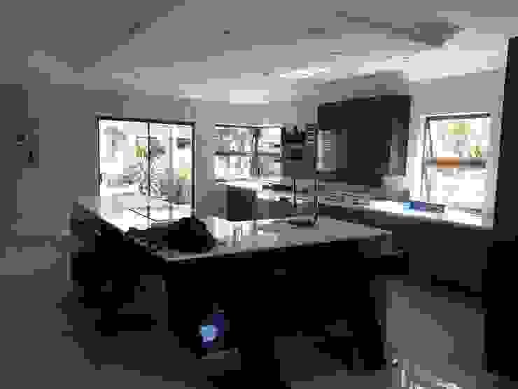 Modern Kitchen by Principia Design Modern