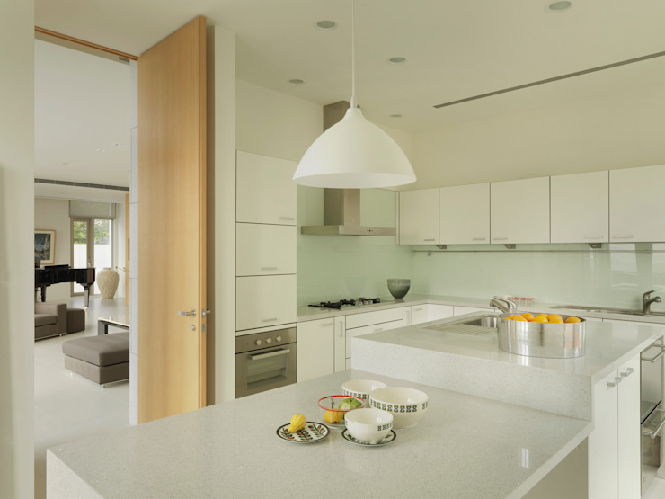 Dapur Modern Oleh 何侯設計 Ho + Hou Studio Architects Modern