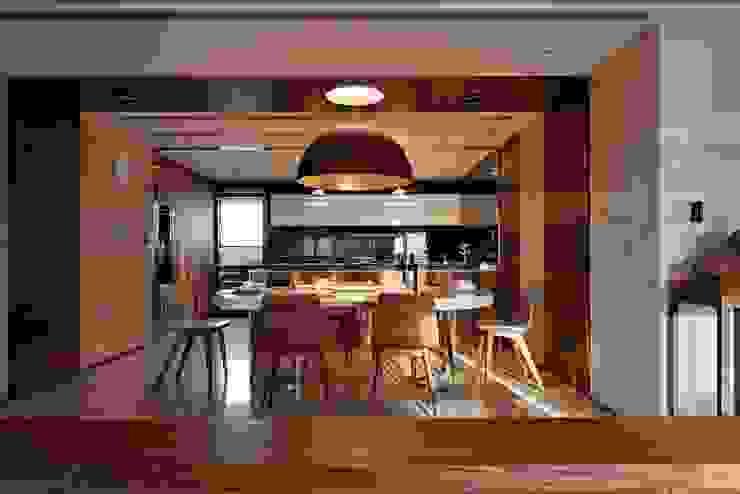 Dining Room 现代客厅設計點子、靈感 & 圖片 根據 CCL Architects & Planners林祺錦建築師事務所 現代風