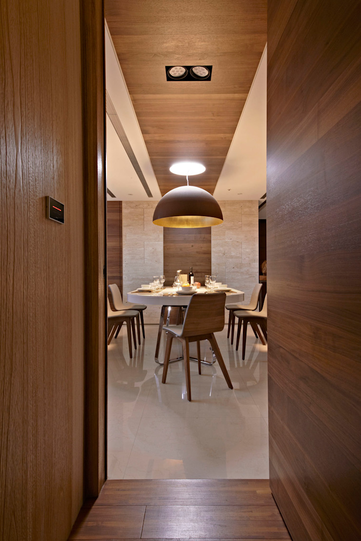 Dining Room Modern dining room by CCL Architects & Planners林祺錦建築師事務所 Modern