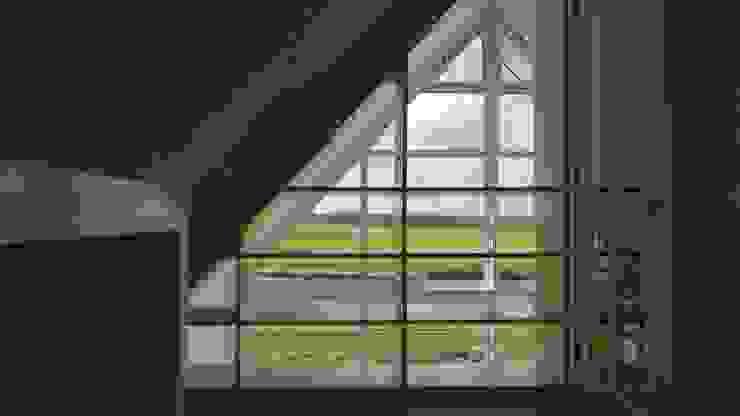 Woonhuis Bonkelaarsdijk Moderne gangen, hallen & trappenhuizen van GeO Architecten Modern
