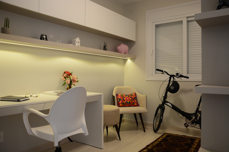 homify Study/officeCupboards & shelving MDF White