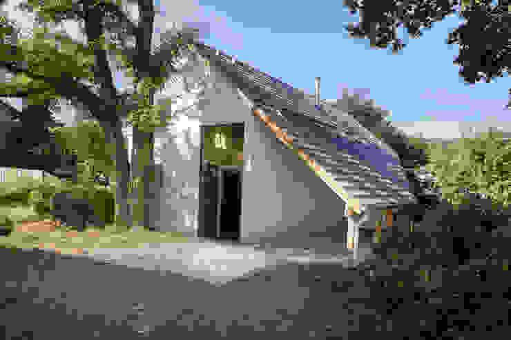 現代房屋設計點子、靈感 & 圖片 根據 Planungsgruppe Korb GmbH Architekten & Ingenieure 現代風 木頭 Wood effect