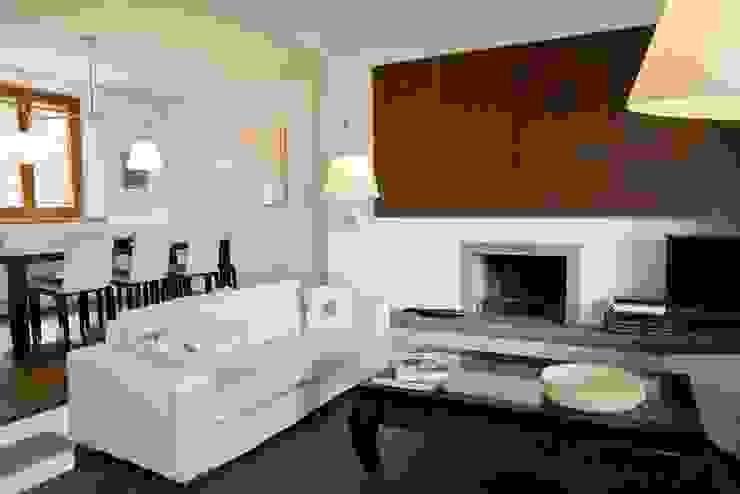 Minimalistische woonkamers van Caterina Raddi Minimalistisch