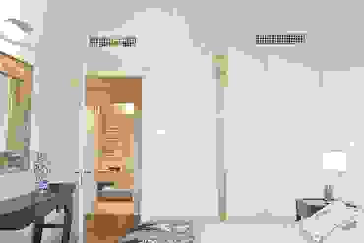 Caterina Raddi Minimalist bedroom