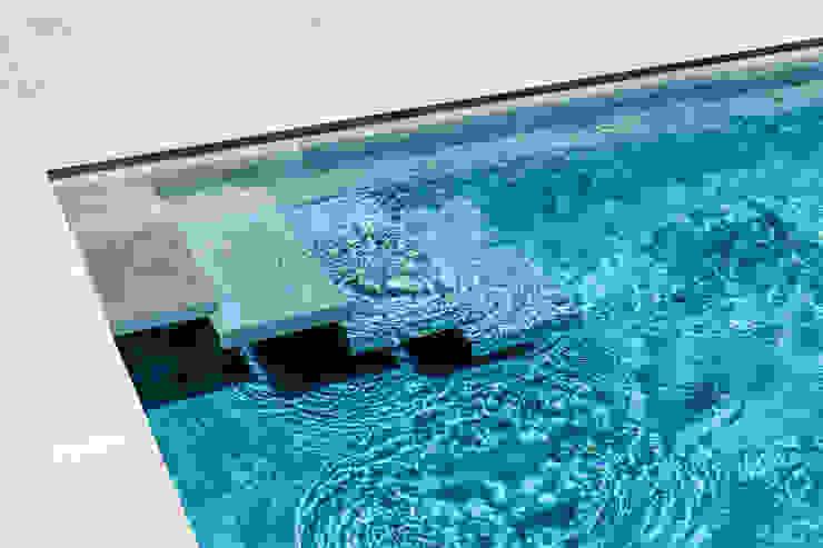 Modern pool by Agence MORVANT & MOINGEON Modern