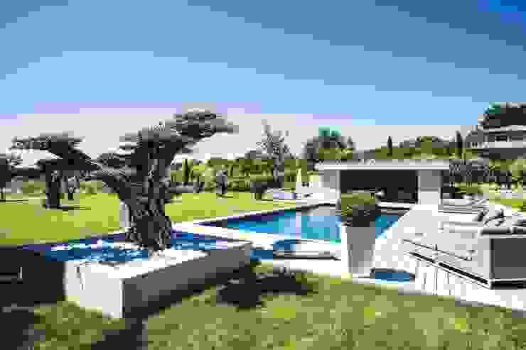 AIX-EN-PROVENCE - jardin méditerranéen contemporain homify Jardin moderne