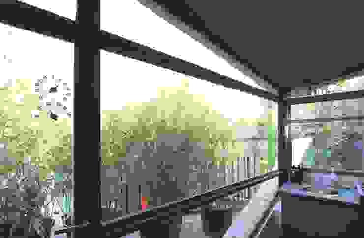Tiny house refurbishment ibedi laboratorio di architettura Cucina moderna Ferro / Acciaio Grigio