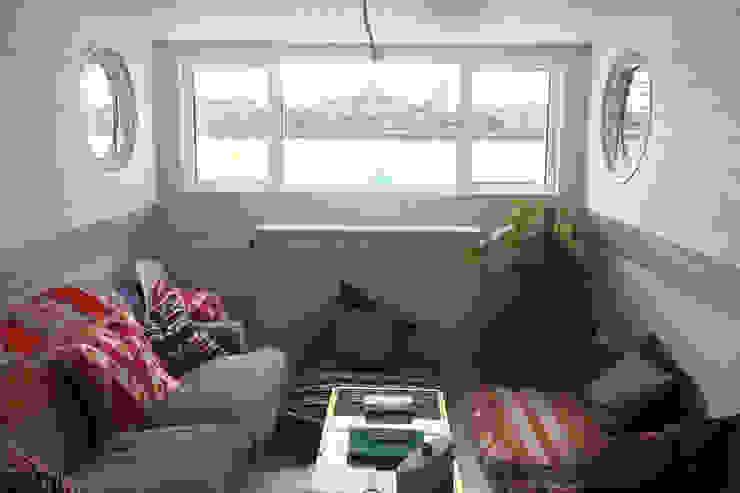 Living room by Plantation Shutters Ltd