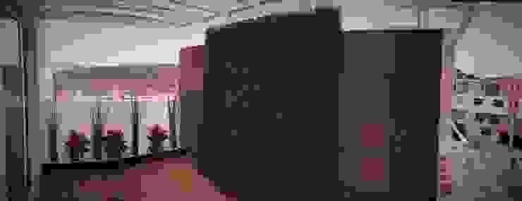 H+R ARQUITECTOS Balcones y terrazas de estilo moderno