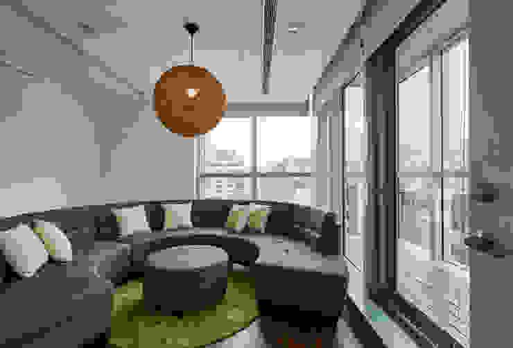 休息室 Modern style study/office by CCL Architects & Planners林祺錦建築師事務所 Modern
