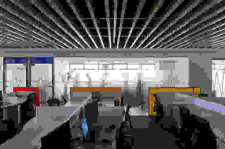 辦公區 Modern style study/office by CCL Architects & Planners林祺錦建築師事務所 Modern