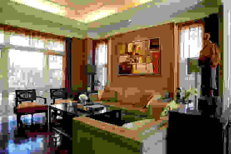 客廳主牆 根據 漢品室內設計 古典風