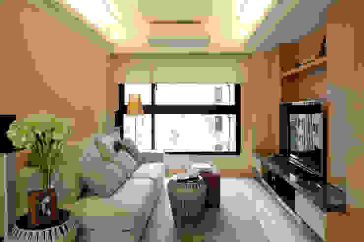 客廳 现代客厅設計點子、靈感 & 圖片 根據 漢品室內設計 現代風