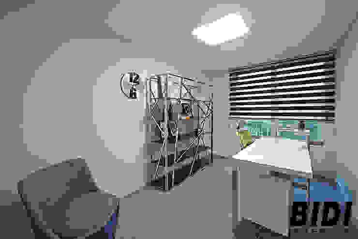 망원동 대림 아파트 모던스타일 미디어 룸 by 인테리어비디 모던