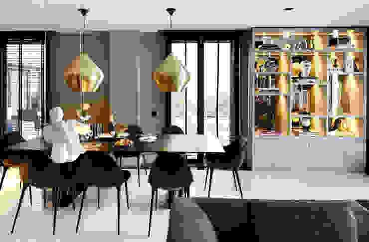 Dining room by Esra Kazmirci Mimarlik, Modern