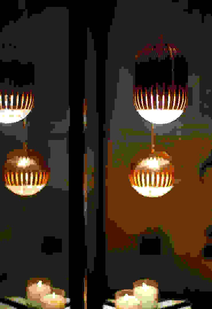 lighting Modern corridor, hallway & stairs by Esra Kazmirci Mimarlik Modern