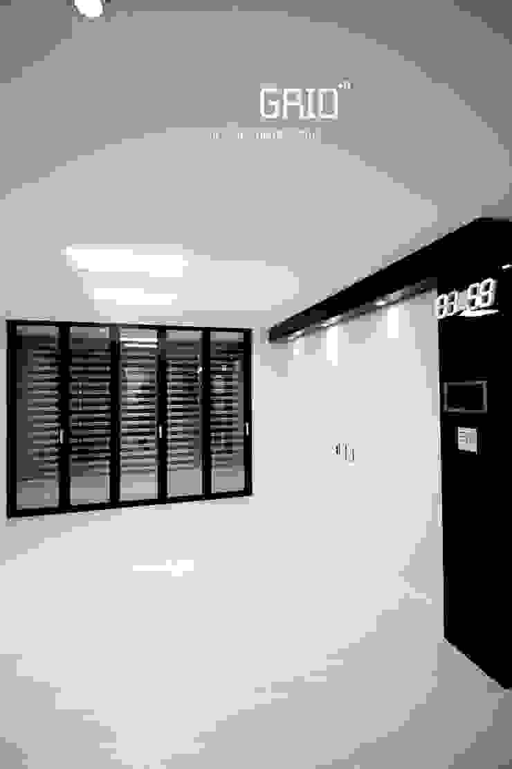 온라인집들이 거실편 미니멀리스트 거실 by Design Studio Grid+A 미니멀