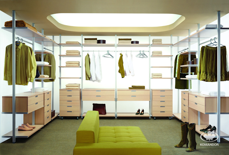 Komandor - Wnętrza z charakterem의 현대 , 모던 마분지
