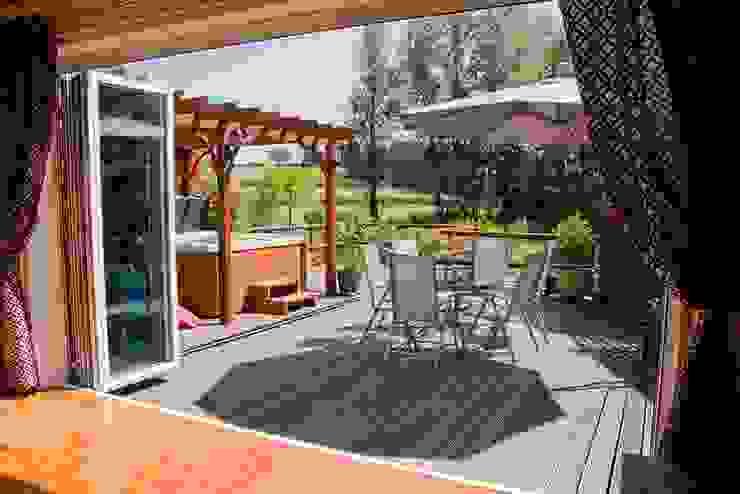 Moderne balkons, veranda's en terrassen van AIRCLOS Modern