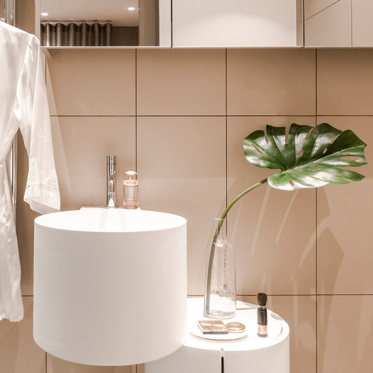 View of ensuite Modern bathroom by Studio 29 Architects ltd Modern Tiles