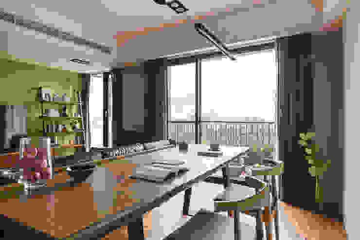 賀澤室內設計 HOZO_interior_design 根據 homify 隨意取材風