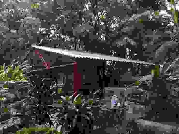 MOMENTOS DE CAFÉ _ Colcafé Comedores de estilo rústico de @tresarquitectos Rústico