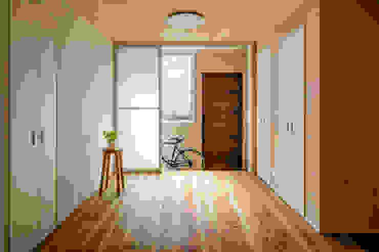 鄉村風格的走廊,走廊和樓梯 根據 homify 田園風 磁磚
