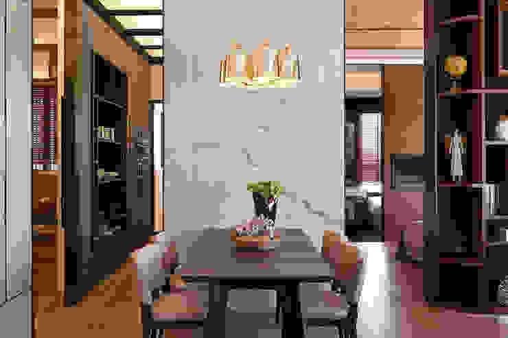 Comedores de estilo  por 大觀室內設計工程有限公司