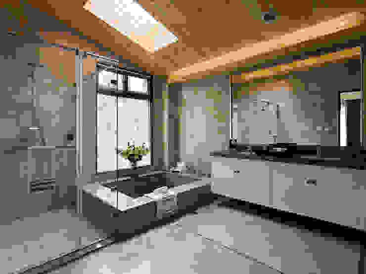 Classic style bathroom by 大觀室內設計工程有限公司 Classic