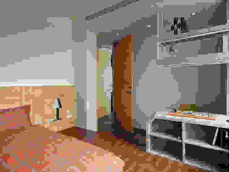 Klasyczna sypialnia od 星葉室內裝修有限公司 Klasyczny