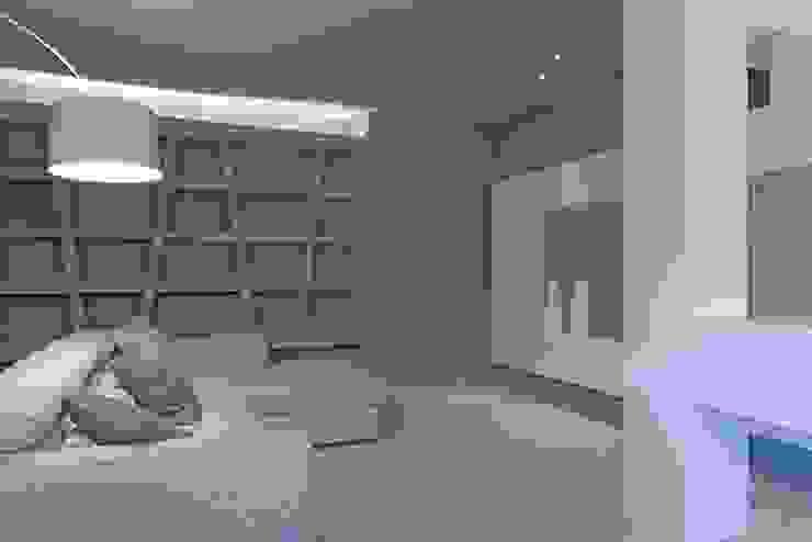 Soggiorno Soggiorno minimalista di Luca Doveri Architetto - Studio di Architettura Minimalista