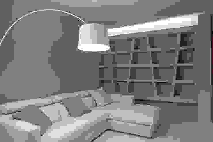 Woonkamer door Luca Doveri Architetto - Studio di Architettura, Minimalistisch