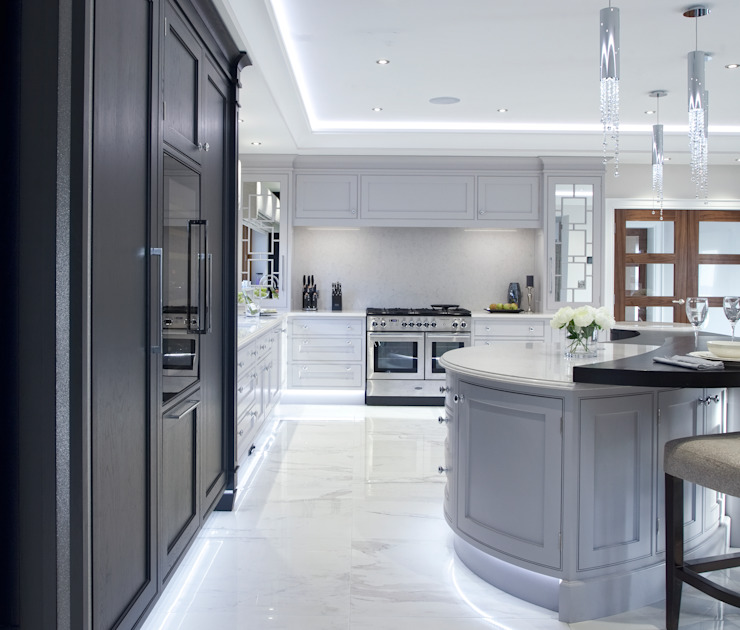 Luxury Painted Kitchen with Ebony by Designer Kitchen by Morgan Classic