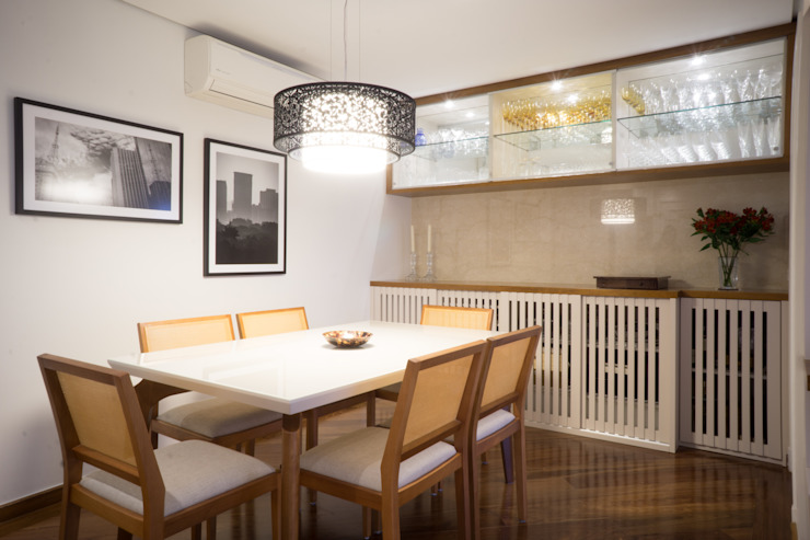 Comedores de estilo moderno de Lorenza Franceschi Arquitetura e Design de Interiores Moderno Mármol