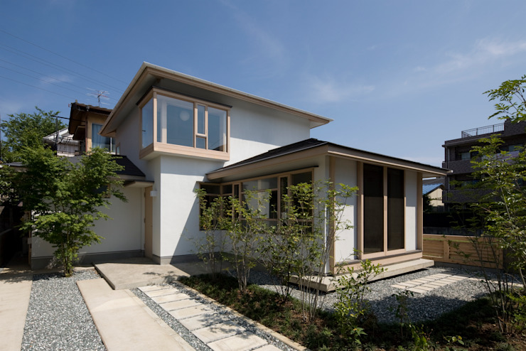 Eclectic style houses by 平山教博空間設計事務所 Eclectic