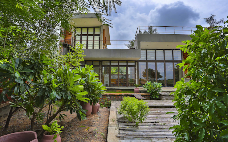 prarthit shah architects Modern Garden