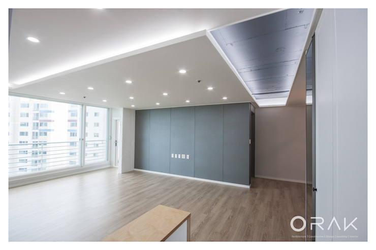 월곡동 두산위브 아파트 / 33평형 아파트 인테리어 모던스타일 거실 by 오락디자인 모던